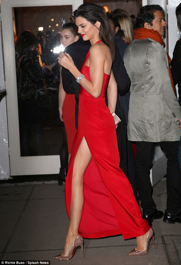 Kendall Jenner 2015 Amfar New York Gala Hot Red One