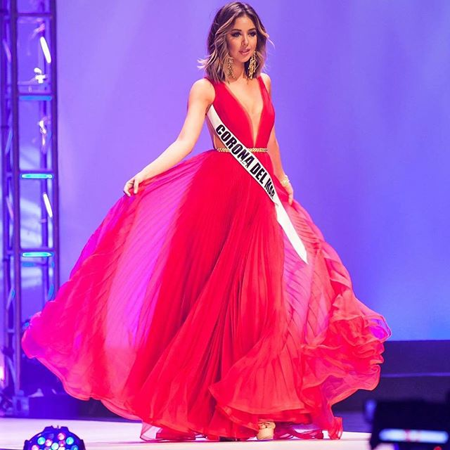 Nadia Mejia Red Backless Evening Dress Miss California USA 2016 ...