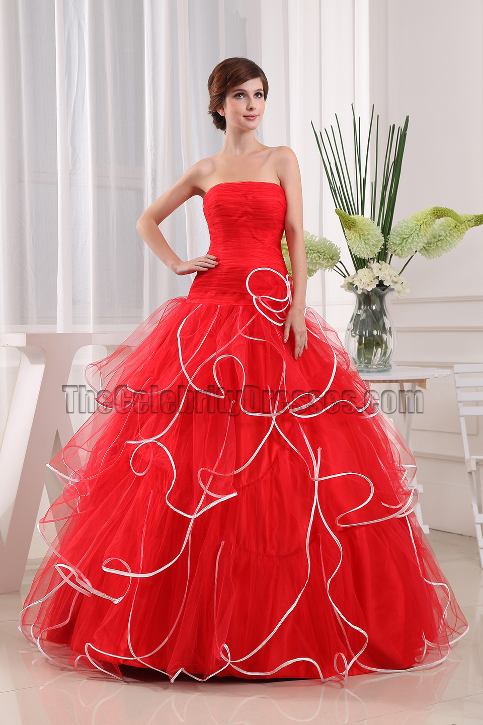 Glamorous Red Strapless Ball Gown Quinceanera Dresses ...