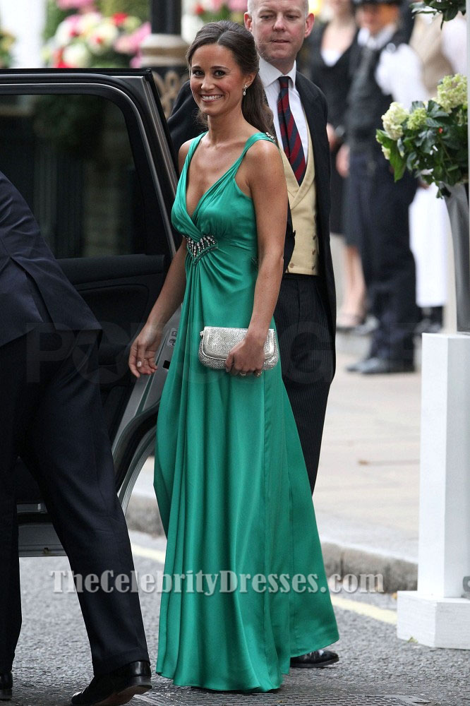 Pippa Middleton S Emerald Green Bridesmaid Dress At The Royal Wedding Thecelebritydresses