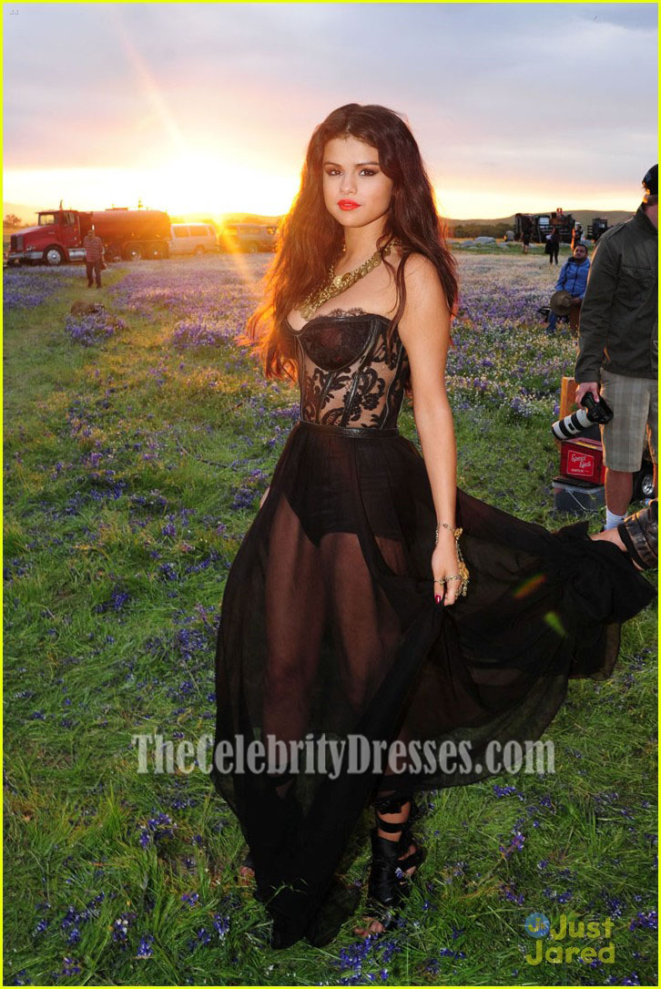 selena gomez sexy black prom dress video shoot for �come