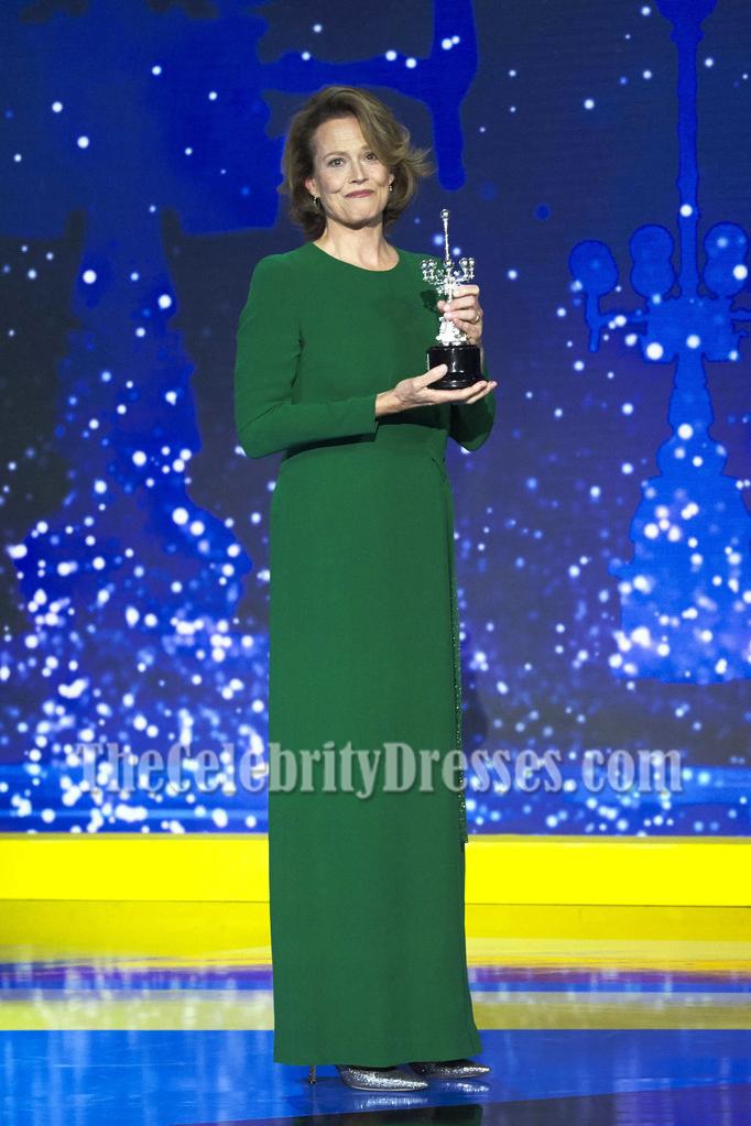 Sigourney Weaver Green Long Sleeves Evening Dress 64th San