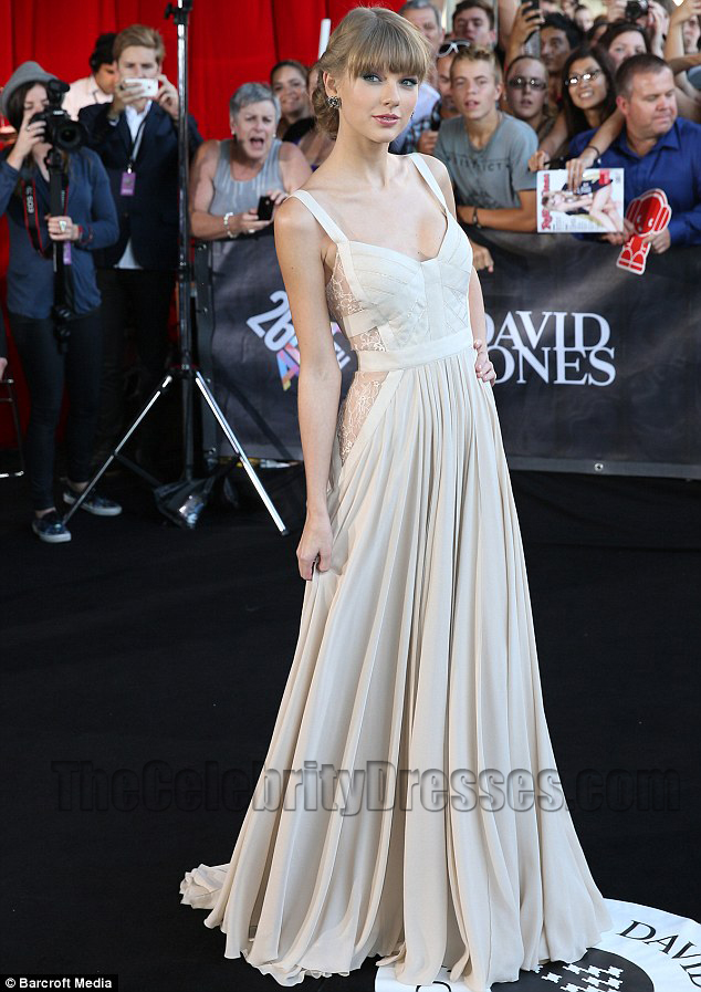 taylor swift prom dress aria awards 2012 red carpet